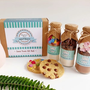 Sweet Treats Gift Pack - Baking Mix Kit - Cookies & Hot Chocolate