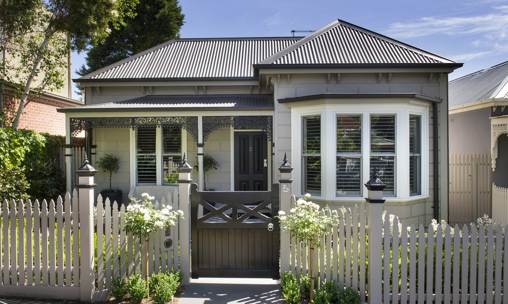 A Victorian Weatherboard Meets Modern Sophistication
