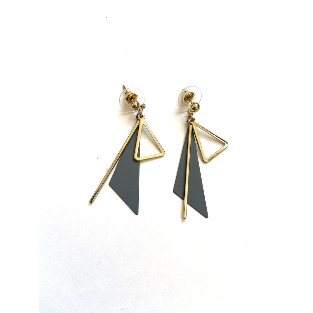 One of a Kind Club Grey Strong Impact Earrings