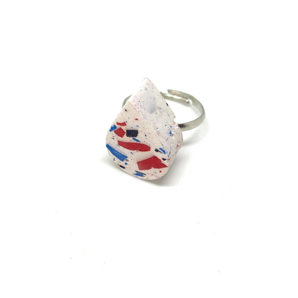 One of a Kind Club White Vivid Jesomite Tear Ring