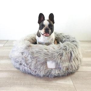 DoggyTopia L'amour Snug Dog Bed - Polar Grey