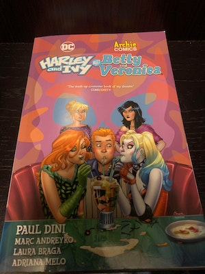 """Archie Comics (Riverdale) x DC Comics Crossover """"Harley and Ivy Meet Betty and Veronica (#1)"""" - Graphic Novel"""
