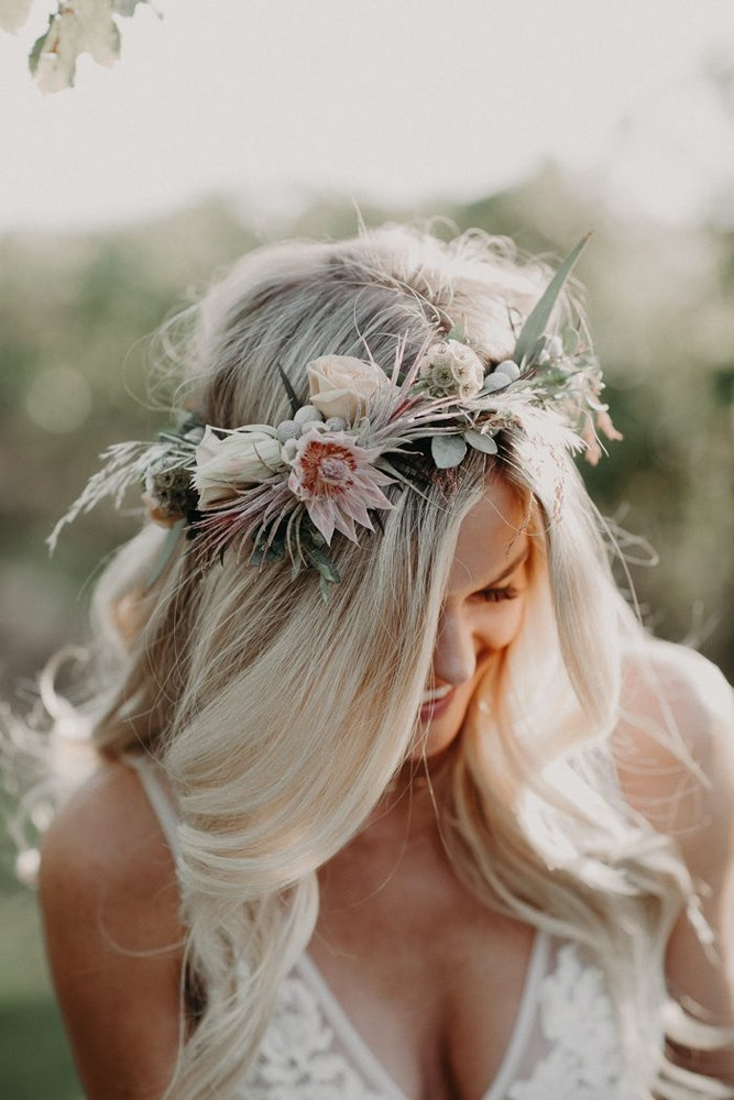 """bridal"