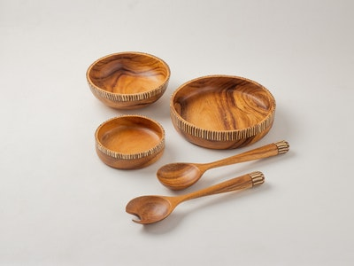 Kayu&Co. Rural Artisan Hand-Carved Wooden Bowls (S+M+L) & Salad Server with Coconut Inlay Set
