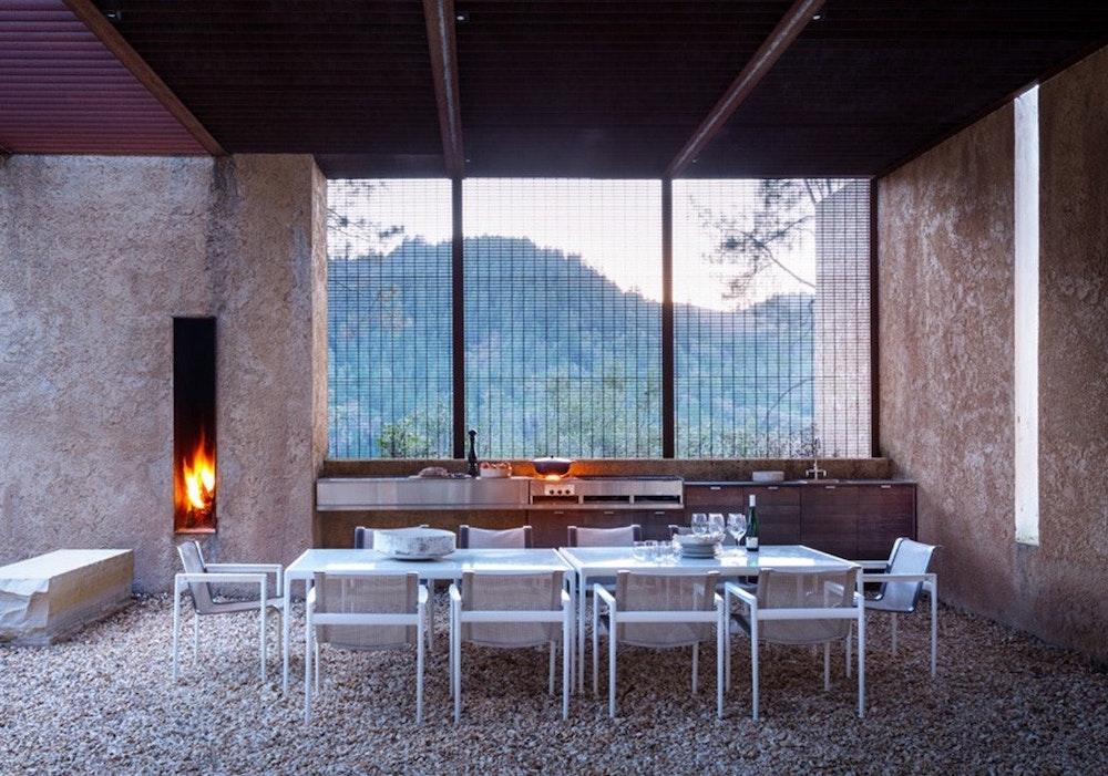 steven-harris-napa-outdoor-kitchen-remodelista-jpg