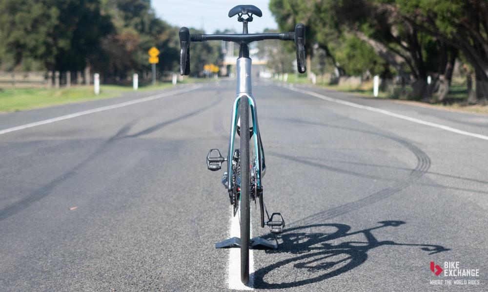 nplus-v-11-road-bike-impressions-10-jpg