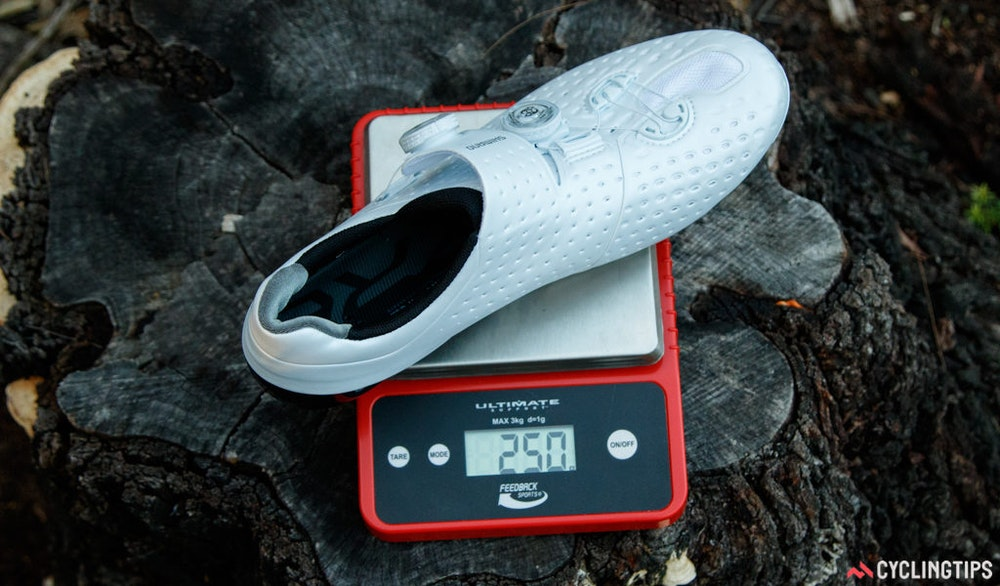 shimano s phyre rc9 road shoe review bikeexchange 1