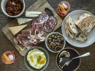 Grossi a Casa Aperitivo Pack   A Selection Of Snacks For Aperitivo