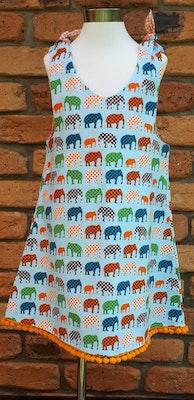 Handgrown Threads Dress - Size 2 - Material Pattern Dotty Elephants