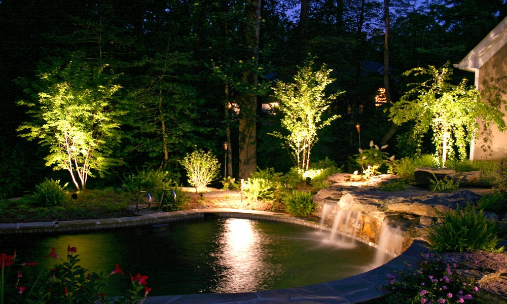 Tips To Light Your Garden