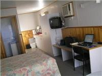 GoSee office in comfortable Holbrook  Motor Village cabin