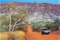 4wd Mount Nameless. Courtesy Tourism WA