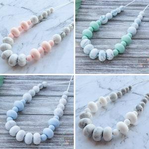 Marli & Me™ REEVA silicone necklace | MARBLE edition