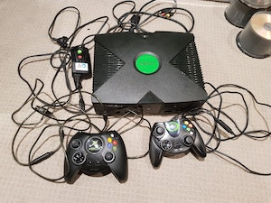 Original Xbox, two controllers, and two games (Rallisport Challenge, Ultimate Pro Pinball)