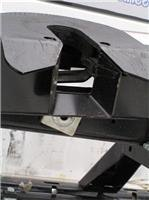 Hayman Reese hitch jaws open  Note skid plate ramp