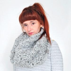 Cloud • Cowl • Crochet Chunky Knit • Colour: EARL GREY