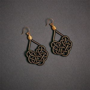 Global Sisters Shop Mizu Woven Earrings - Black