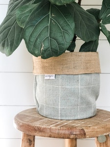 Pot Plant Cover - Mint Check and Hessian Reversible
