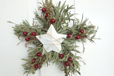 Bambole Designs WREATH-Decorative Star on Star Wreath, Dried Flower, Rustic Wreath, Bo ho Wreath, Australian Wreath, Hanging décor, Star Wreath, Christmas Wreath 2021