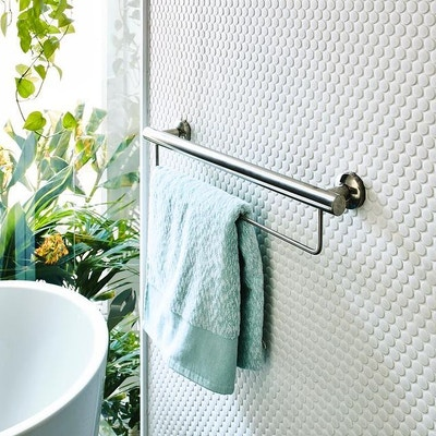 10 Must-Have Assistive Bathroom Accessories