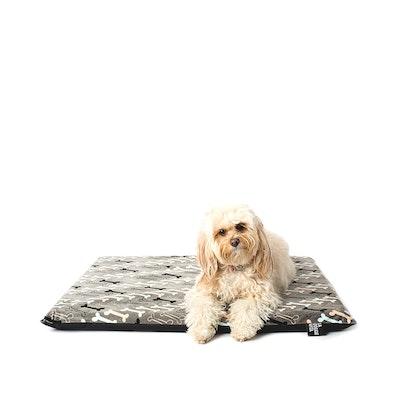 La Doggie Vita Boney Maloney Bone Flat Bed