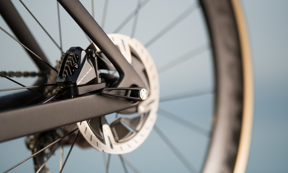 new-2019-trek-madone-aero-bike-ten-things-to-know-disc-brakes-jpg