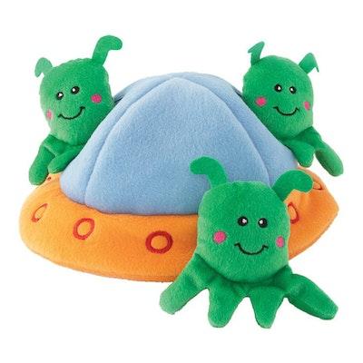 Zippy Paws Zippy Burrow Aliens in UFO Plush Dog Squeaker Toy 22 x 22 x 10cm