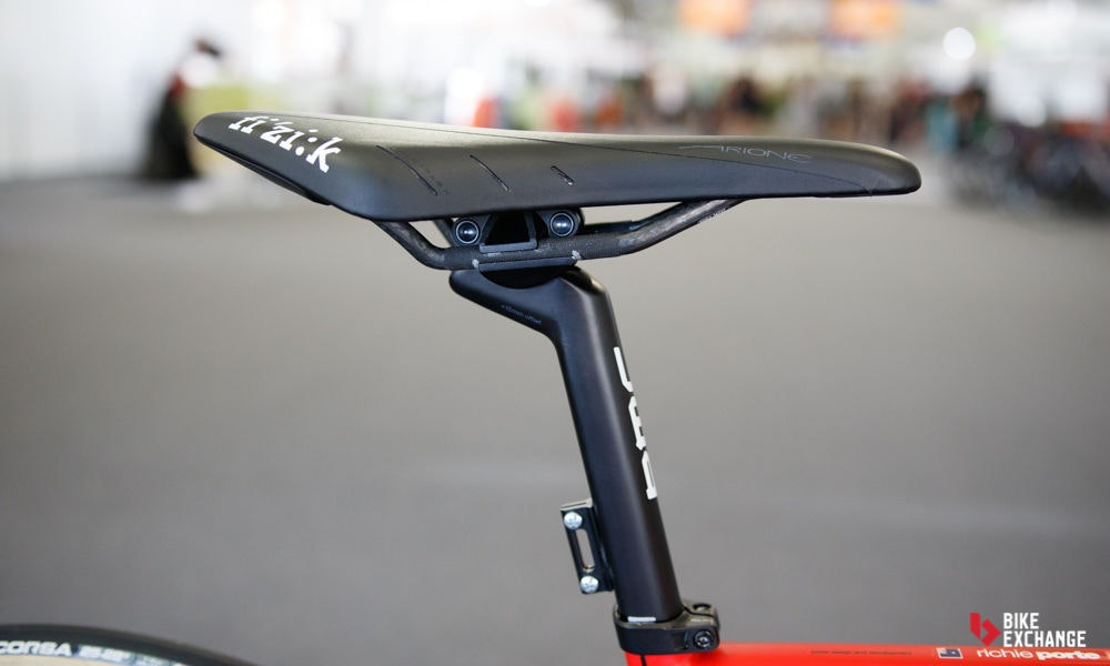 fullpage Richie Porte BMC Teammachine SLR 01 pro bike 2017 6