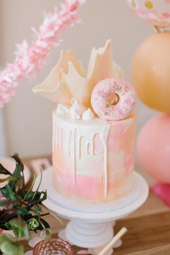 LENZO Boho Birthday Lamanna Patisserie Cake