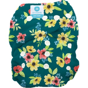 Tutto - One Size Fits Most PUL Nappy: Meadow