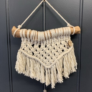 Macrame wall hanging - Small