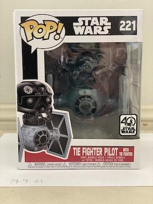 Tie Fighter Pilot w/ Tie Fighter #221