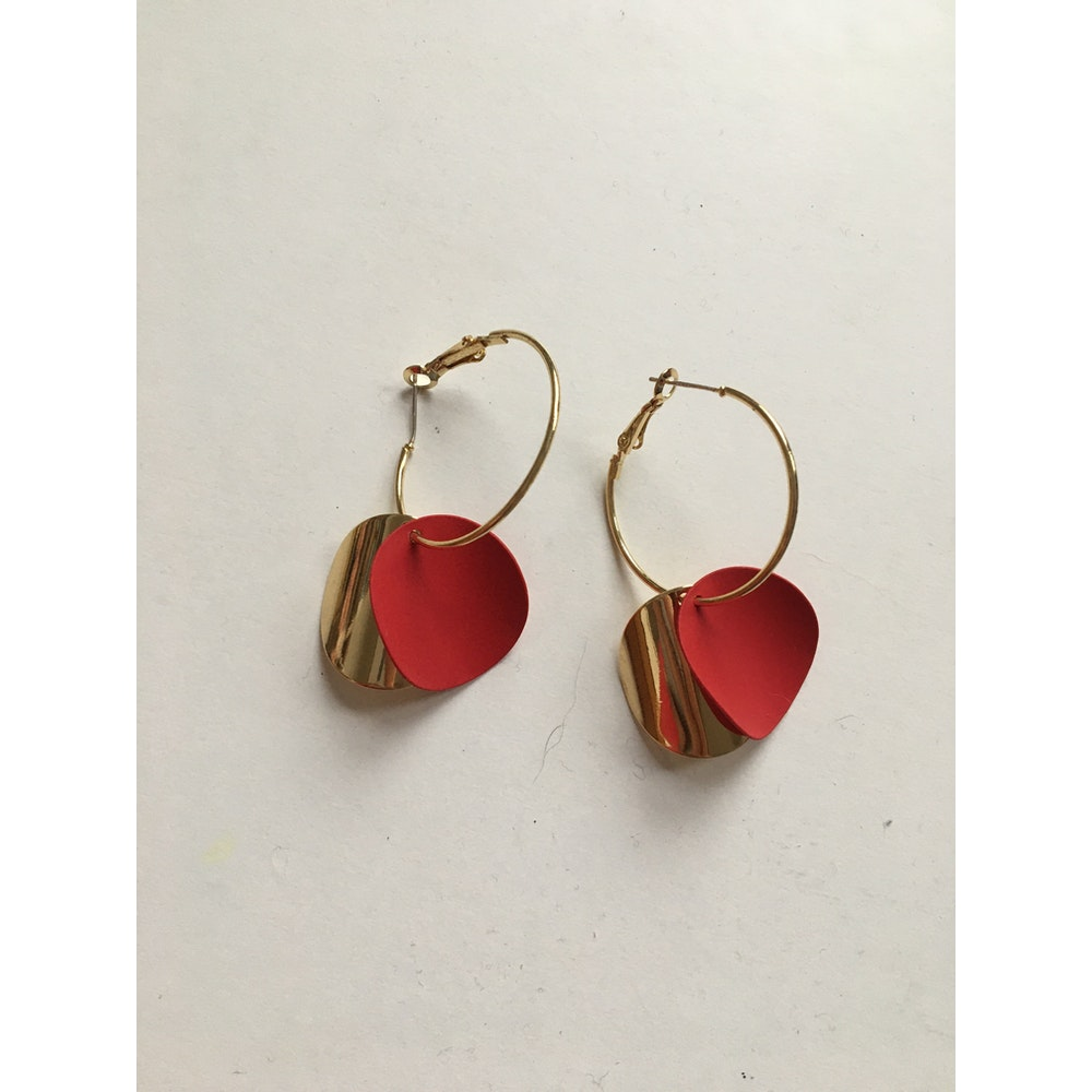 One of a Kind Club Gold And Red Curvy Round Earrings