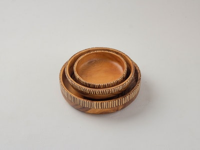 Kayu&Co. Rural Artisan Hand-Carved Wooden Bowl with Coconut Inlay Set - (S+M+L)
