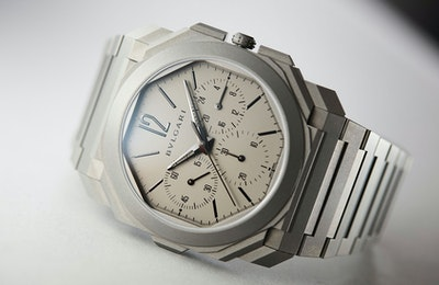 bulgari-octo-finissimo-chronograph-gmt-review-4-jpg