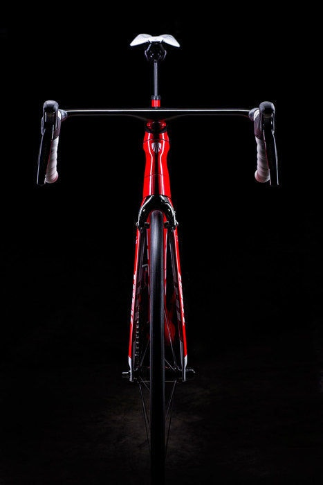 display 2016 Madone Race Shop Limited H1   front view  1