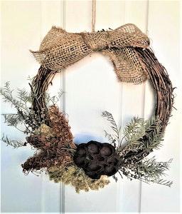 Bambole Designs WREATH- Grevillea, Pod with Hessian Bow, Native Wreath, Rustic Wreath, Boho Wreath, Year Round Wreath, Australian Wreath, Hanging décor, Home Décor, 2021