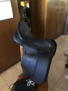 """Peter Horobin 17.5"""" dressage saddle"""