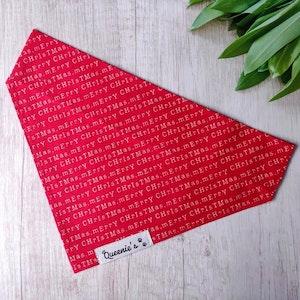 Queenie's Pawprints Merry Christmas Eco Bandana - Through collar fit
