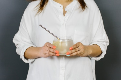 TGIF WITH SCHWEPPES - LEMON AND LYCHEE DROP RECIPE