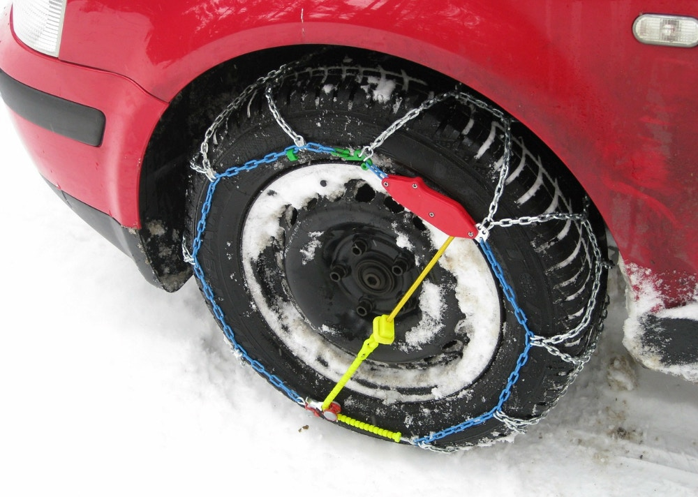 Snow Chains - Getting a Grip on Ice