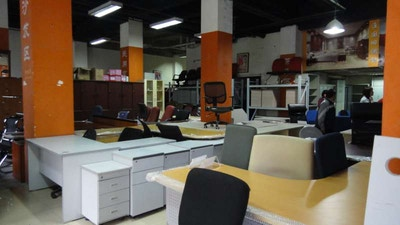 Buying new or second-hand office furniture
