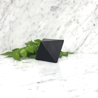 Arkara Architectural PRISM Activated Charcoal - 'Geo' Soap