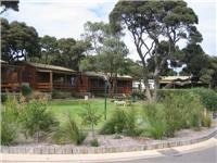 Deluxe cottages Anglesea Beachfront Family Caravan Park
