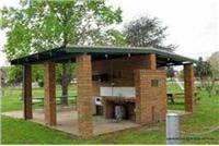 Sheltered bbq area Gundagai Cabins and Tourist Park