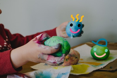 8 simple sensory play ideas