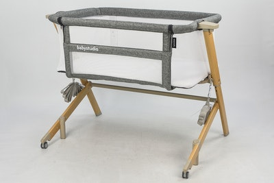 BEDSIDE SLEEPER WOOD GRAIN COLOUR (includes BONUS carry bag)