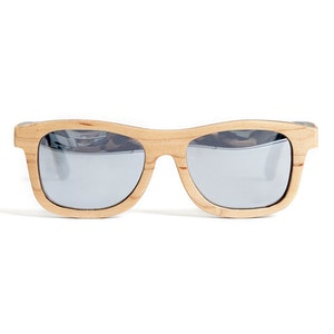 TicTasTogs Recycled skateboard Sunglasses | Natural Sand