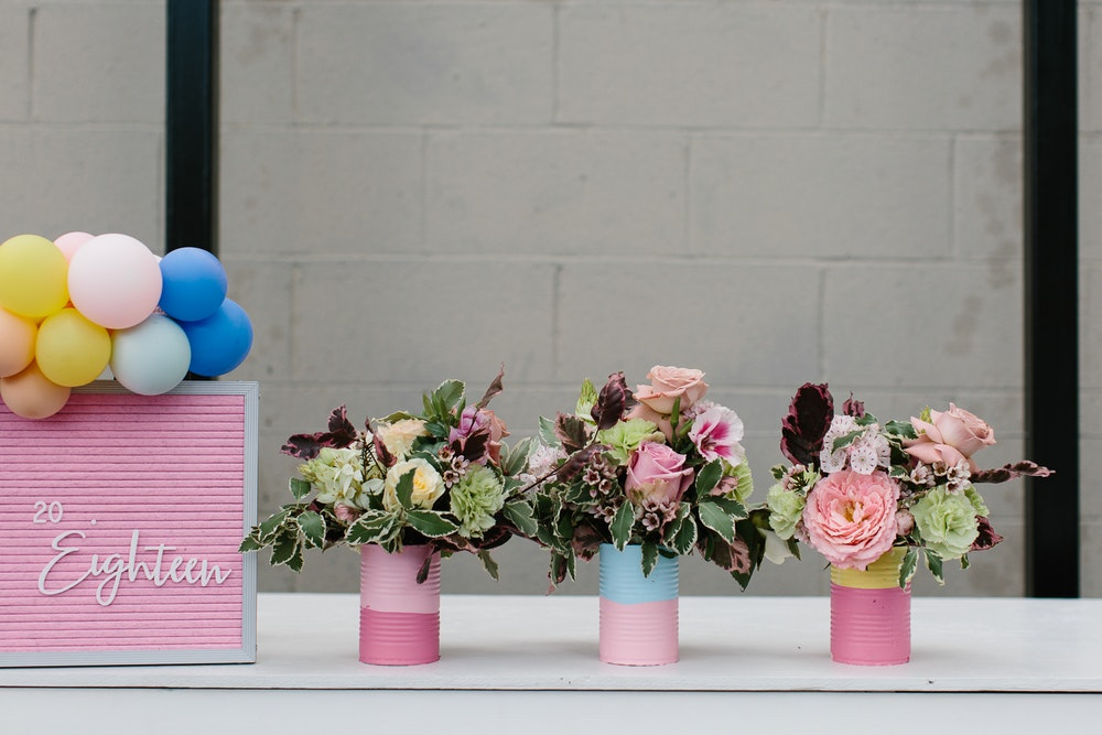 DIY Painted Vases Flowers