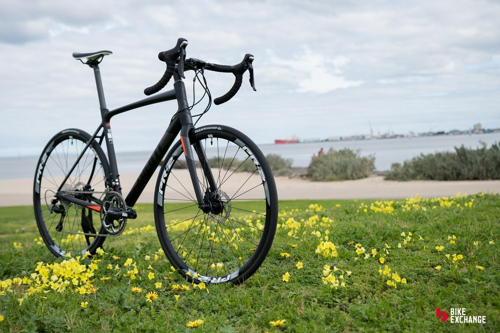 Giant Contend SL 1 Disc Review 2017 BikeExchange 13